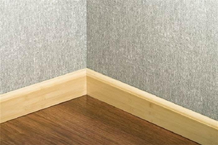 Len chân tường nhựa giả gỗ được sử dụng khá phổ biến hiện nay