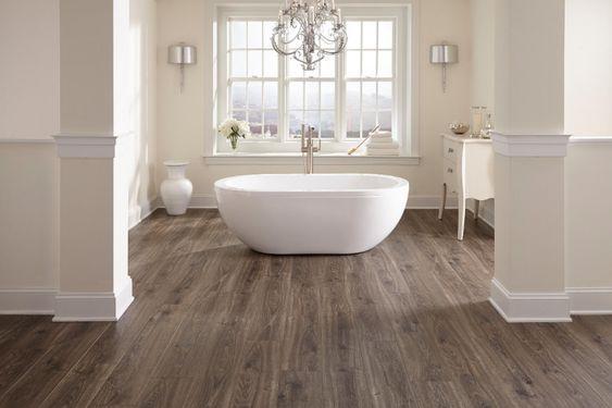 Sàn nhựa lót nhà tắm - 6 lý do khiến bạn nên lựa chọn