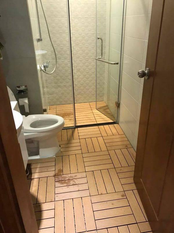 Sàn vỉ gỗ nhựa lót nhà tắm