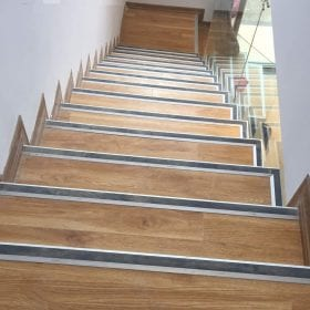Các công trình sàn nhựa lát cầu thang do SanF thi công