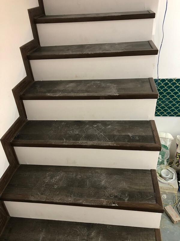 công trình sàn nhựa cầu thang 3